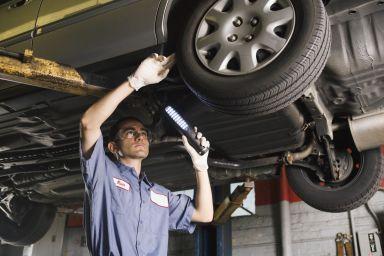 Mechanic at tire shop in Dalton, GA