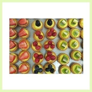 pasticcini crema e frutta