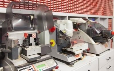 macchinari per duplicazione chiavi Uncode 399