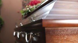 servizio funebre giorni festivi
