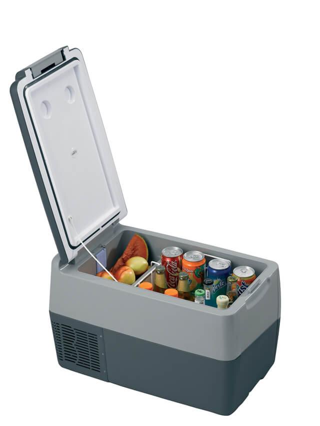 frigorifero da imbarcazione con motore interno