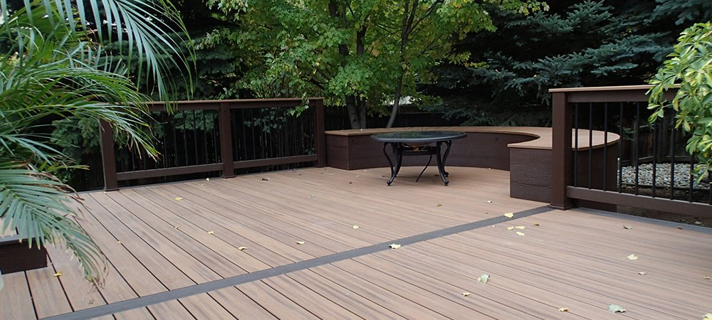 Final view of the custom deck build by experts in Denver, CO