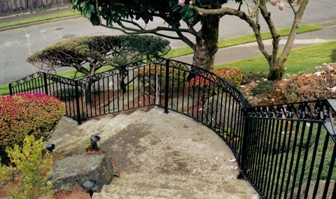 Seattle Iron Fence And Railing Installation Contractors