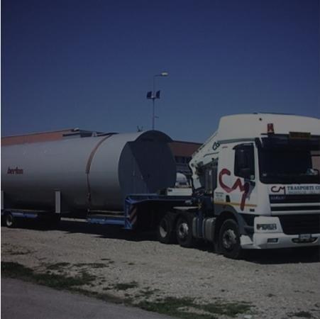 Cisterna per trasporto liquidi