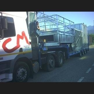 Autocarro per trasporto carichi ingombranti
