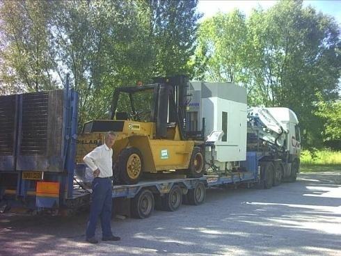 Servizio movimentazione macchinari