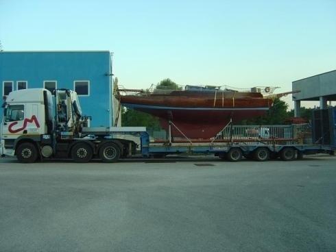 Autocarro per trasporto carichi pesanti