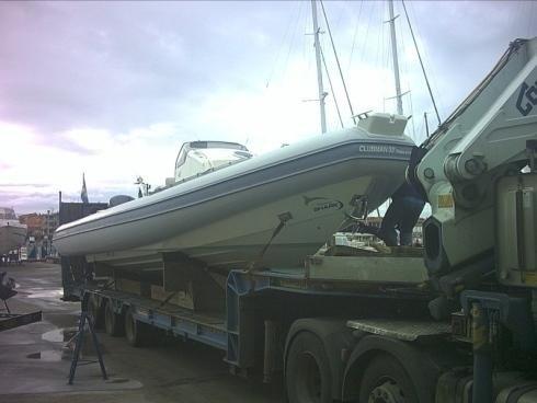 Barca trasportata da automezzo