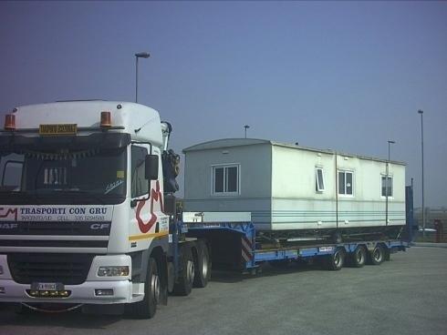 Camion per trasporti carichi pesanti
