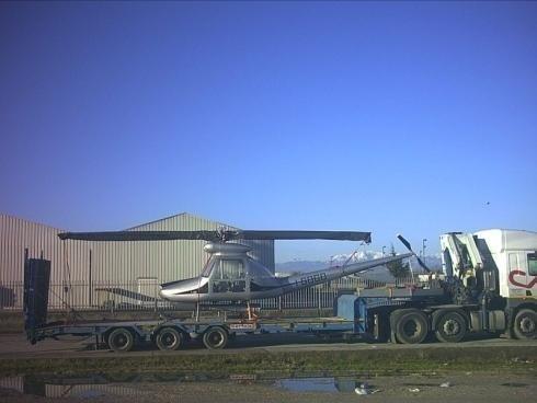 Camion per trasporto e logistica mezzi pesanti