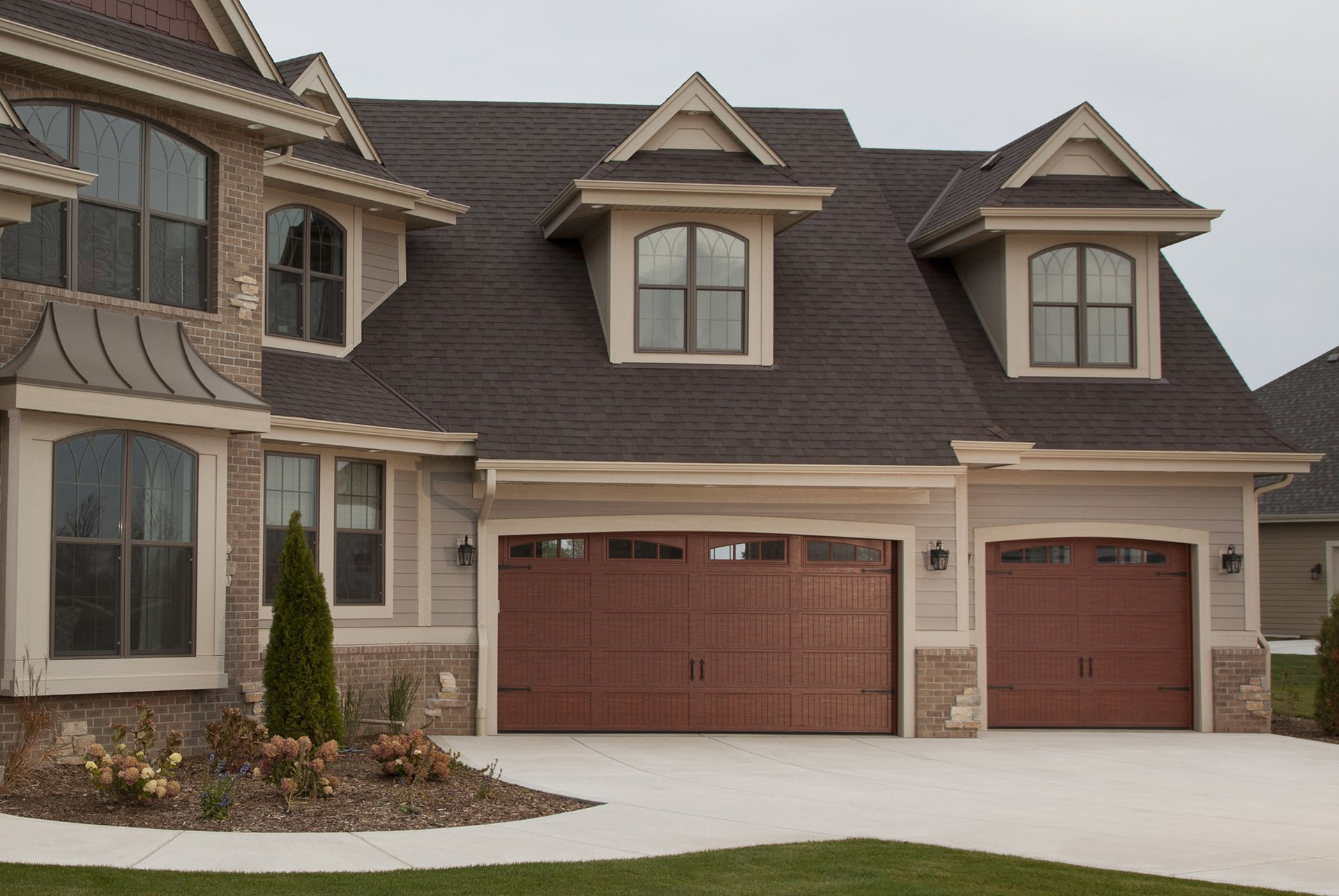Residential Garage Door Image