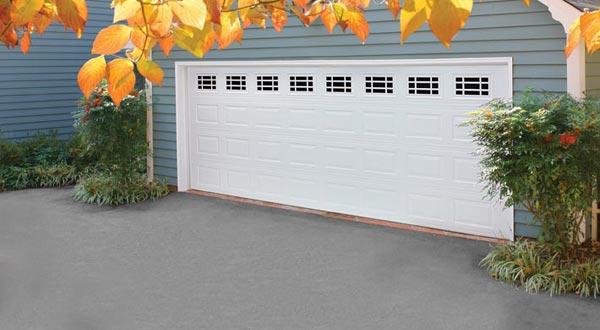 Amarr Heritage series Garage Door Image 600x330 jpg