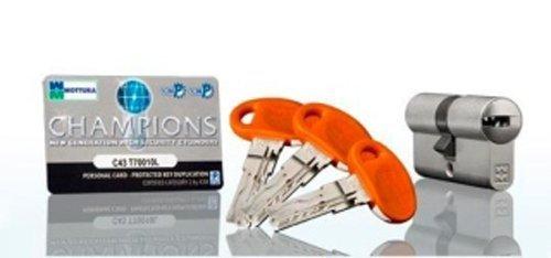 chiavi e serratura