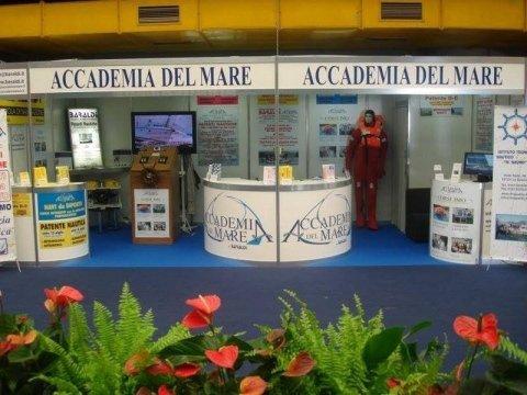 Agenzia pratiche nautiche