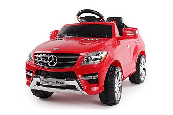 macchina elettrica rossa per bambini