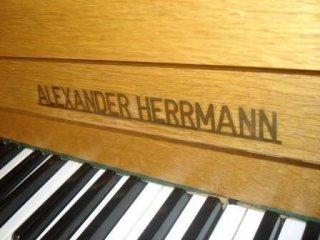 Pianoforte HERRMANN  promozione Bisio La Spezia