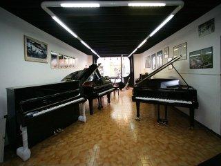 Noleggio pianoforti