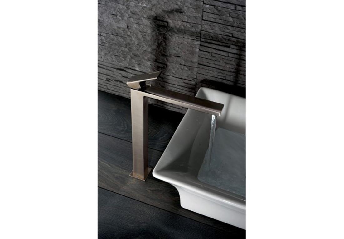 rubinetto con sistema a valvola singola