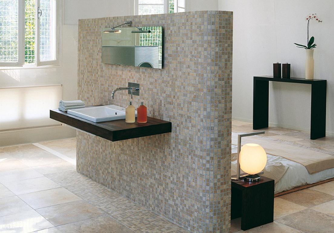 pavimento in mosaico con materiali in ceramica