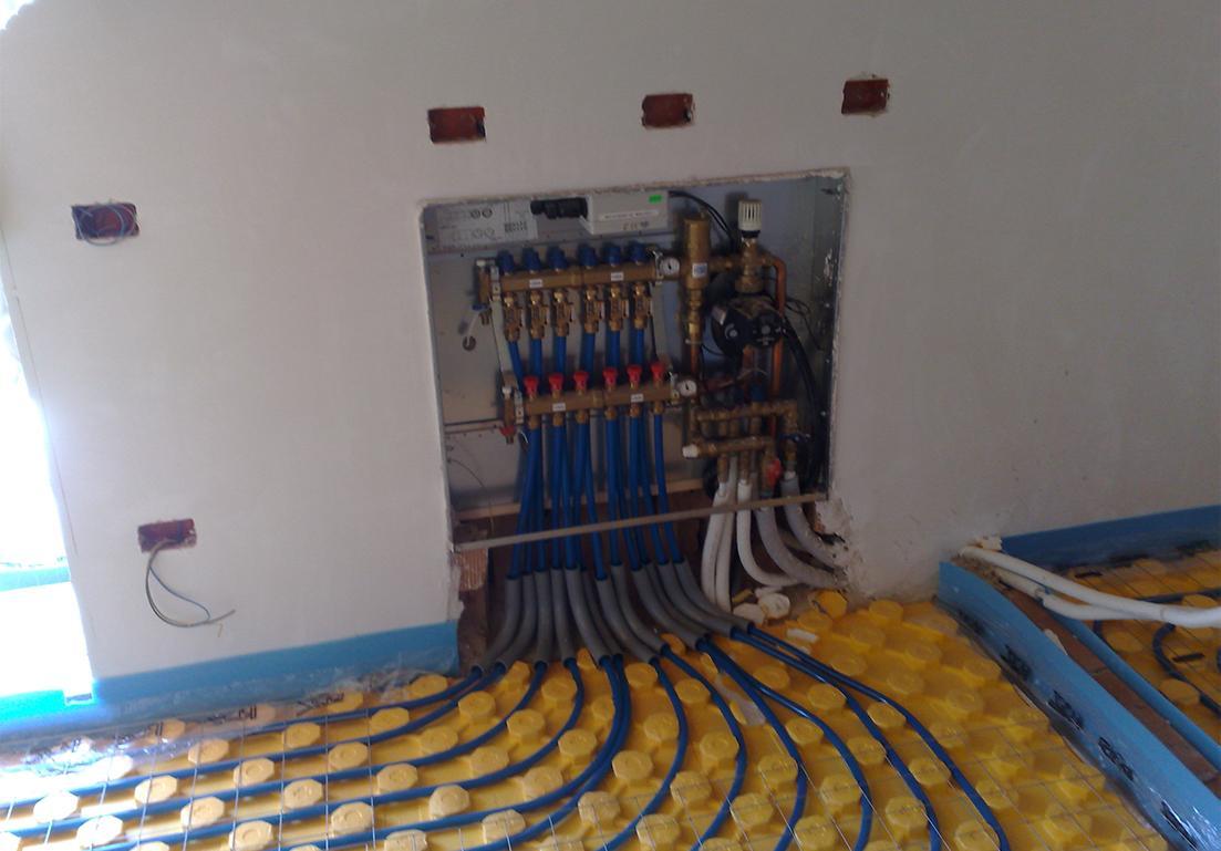 sistema di distribuzione di acqua termoriscaldata