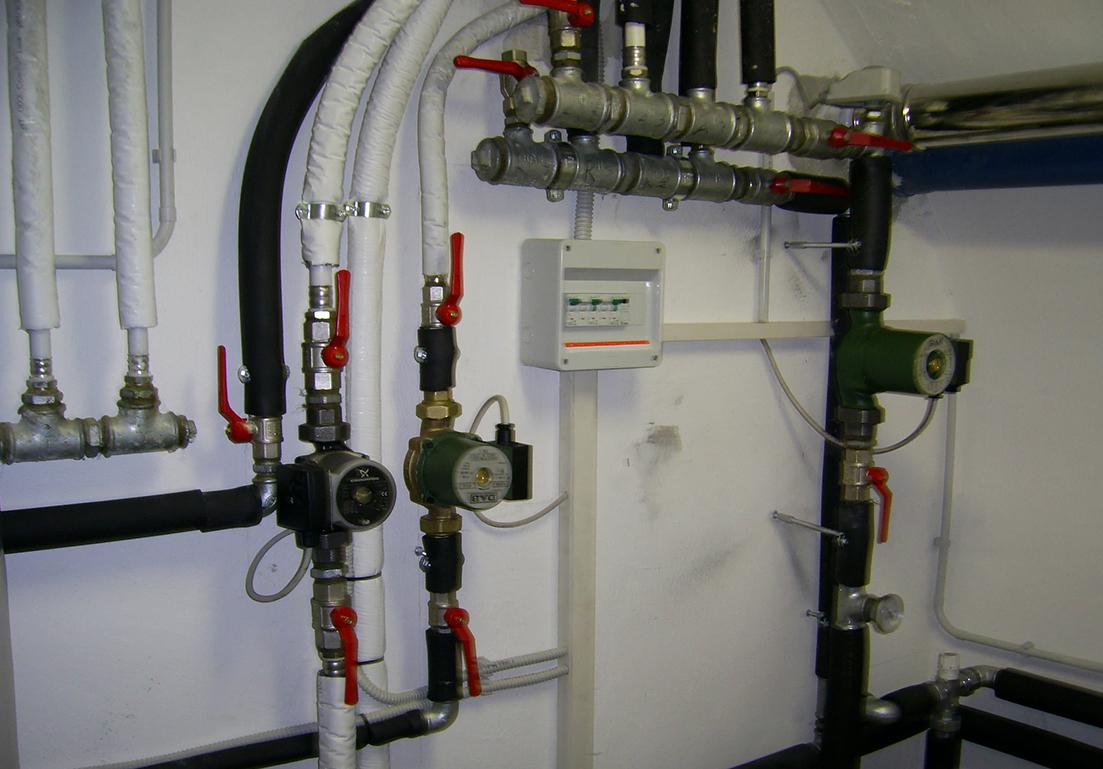 sistema di tubazione di impianto termoidraulico