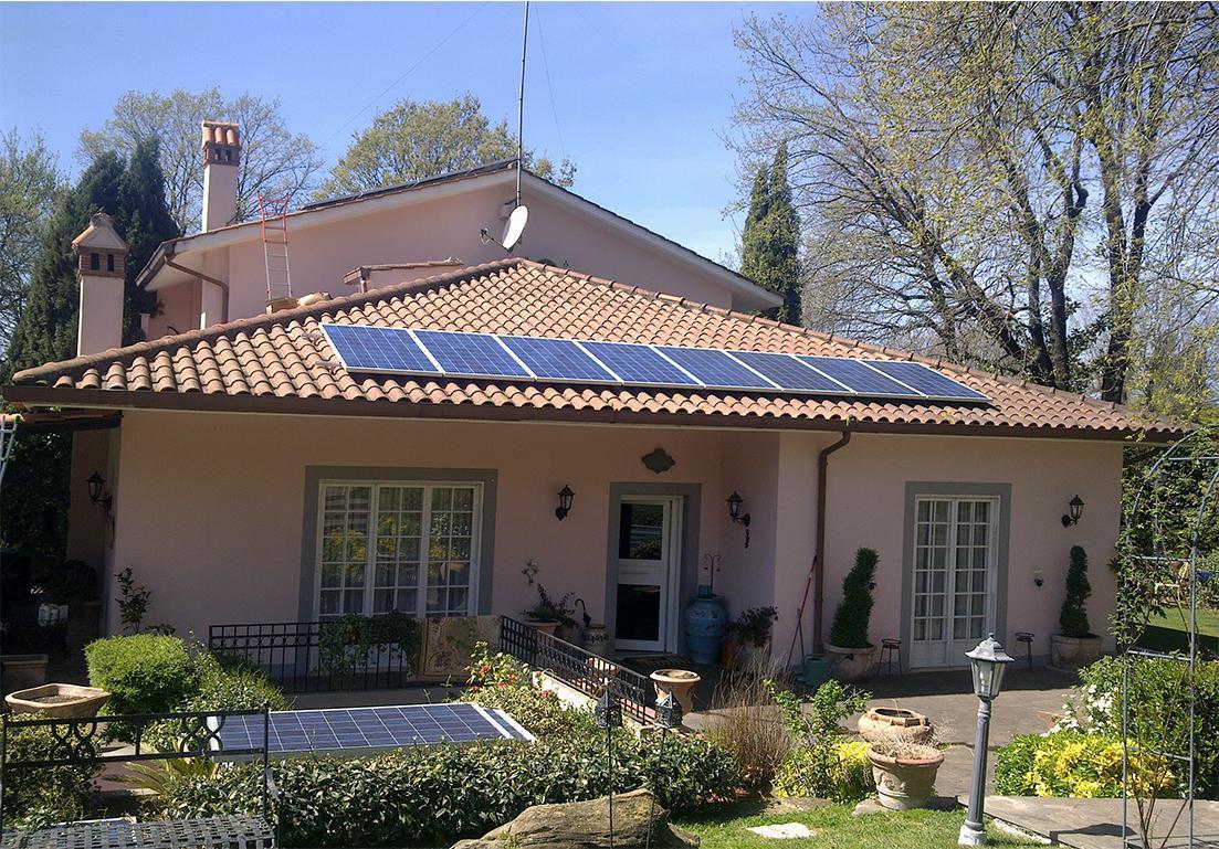 abitazione privata con pannelli solari