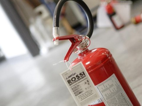 vendita apparecchiature a schiuma antincendio