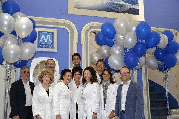 Lo staff della Sede di Via Magenta 20 a Torino festeggia gli 80 anni della Maico!