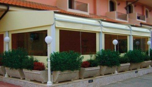 tende e strutture per bar e ristoranti