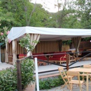Copertura per struttura dehor-giardino ristorante a Celle Ligure (SV)