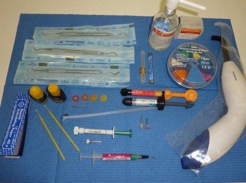 kit per otturazione estetica con tecnica adesiva