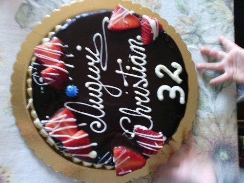 una torta al cioccolato