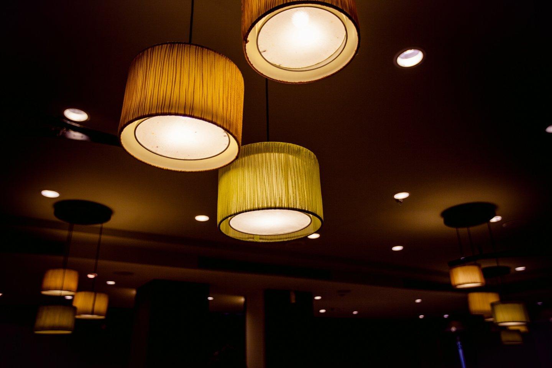 Decorazioni lampadari a Caronno Pertusella