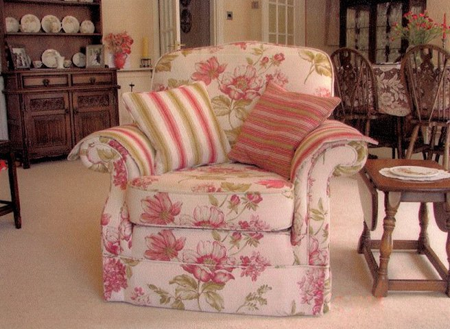 Furniture upholsterers - Cambridge - CA and NC Pedlar Upholstery - single sofa