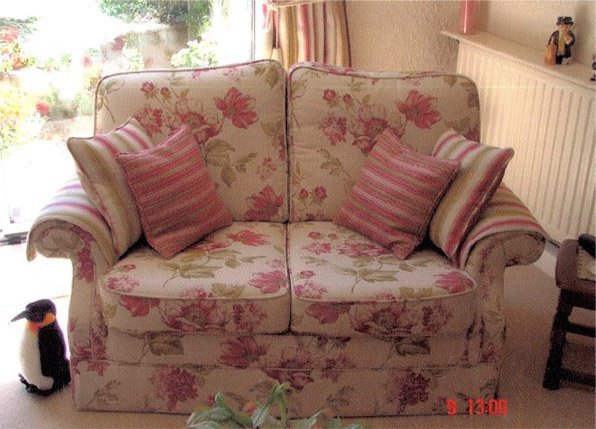 Furniture upholsterers - Peterborough - CA & NC Pedlar Upholstery - pink couch