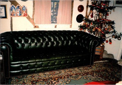 Button covering - St Ives - CA and NC Pedlar Upholstery - couch