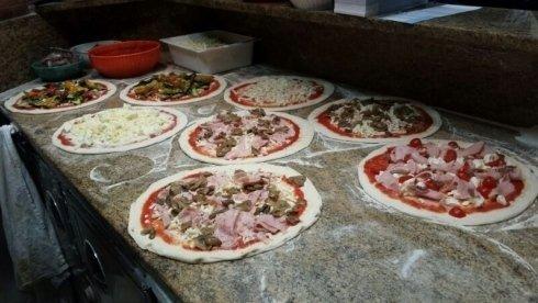 pizze pronte per il forno