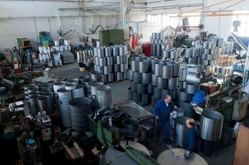 realizzazioni in lamiere, calandratura dei metalli, lavorazione di lamiere di acciaio inox