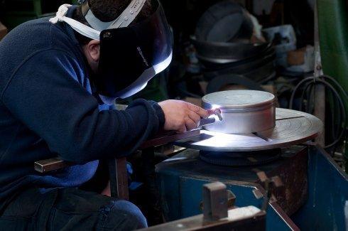 forgiatura metalli, lavorazioni siderurgiche, pezzi in lamiera