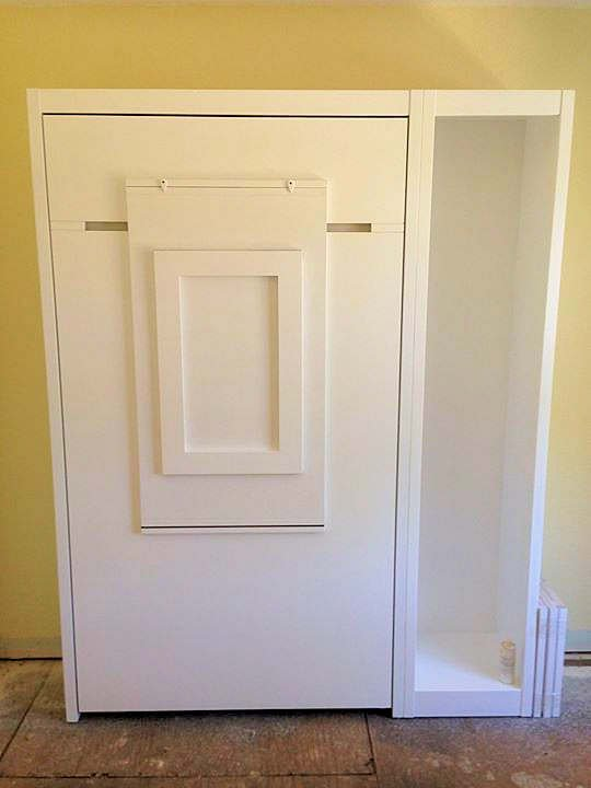 Twin Vertical No Frills Contemporary w/Table (Centered)