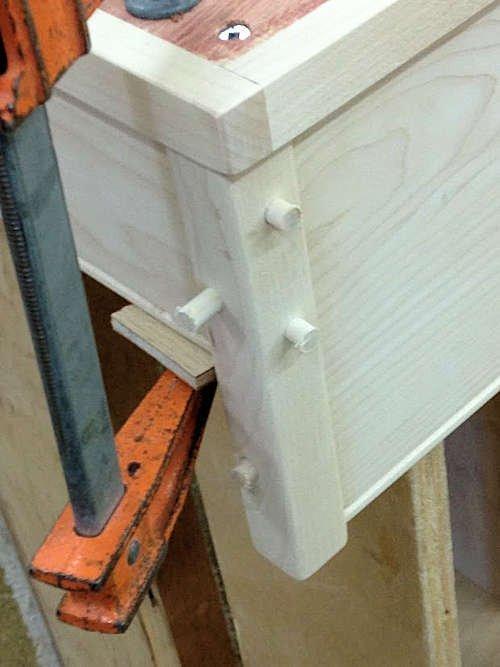 Dowel pinned corners