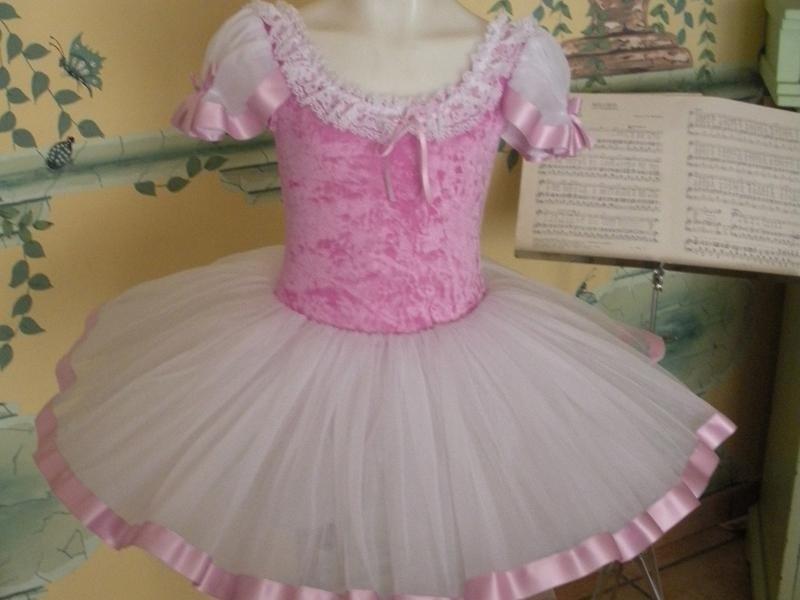 vestito danza rosa
