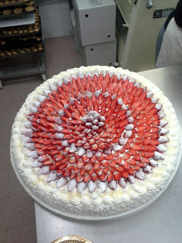 torte di compleanno alle fragole