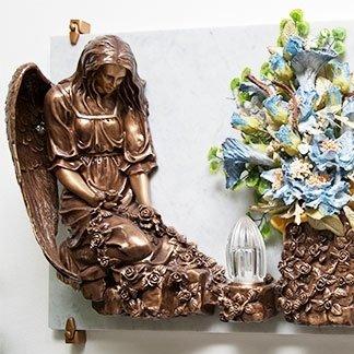 statua lapide
