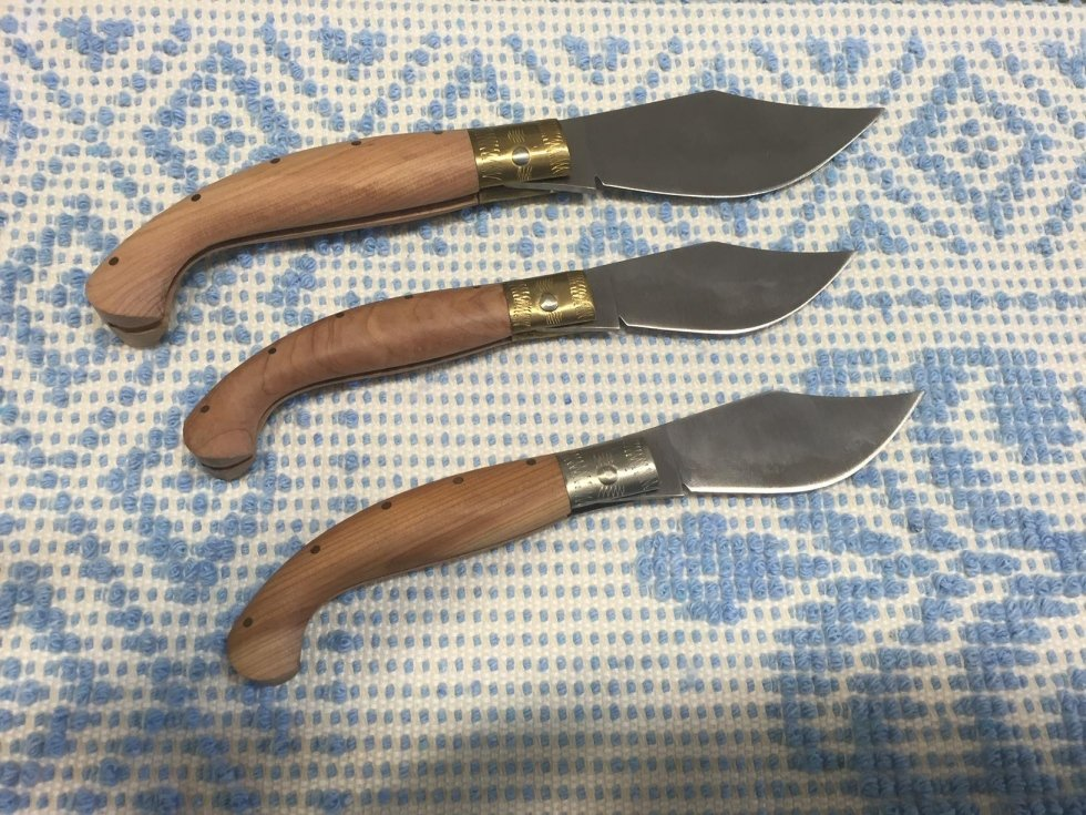 Sardinian knives with juniper handle
