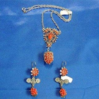 Gioielli in Corallo rosso e argento