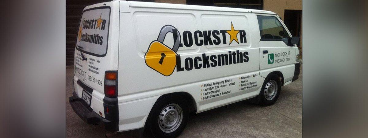 lockstar locksmithing services