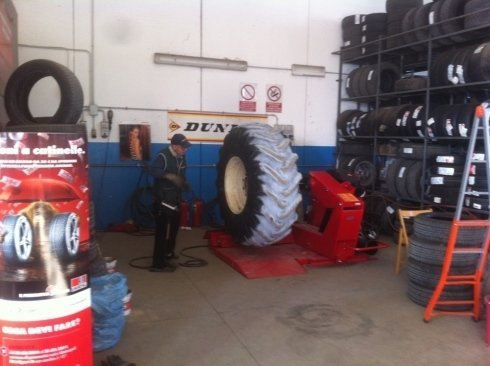 riparazione pneumatici, macchine agricole