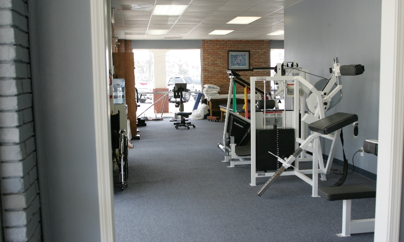 Exercise machines at sports therapy facility in Dothan