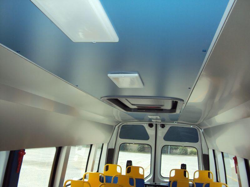 Tetto di uno scuolabus